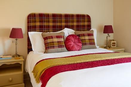 Segsbury-Bed-439x290