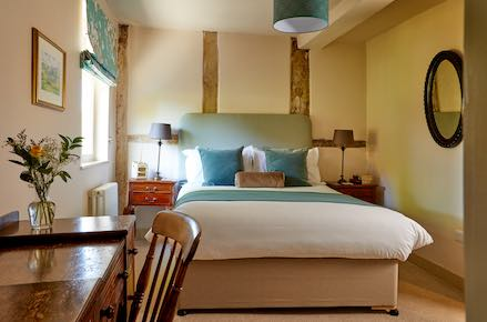 Uffington-Bed-439x260